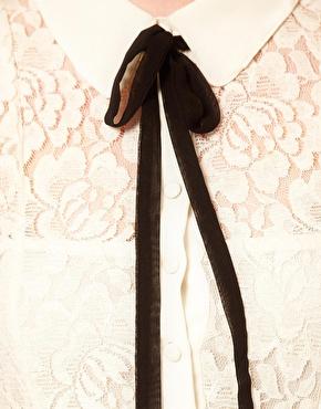 petitemod-shiirt-with-ribbon
