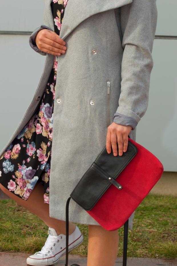 kamerans-red-bag-petitemod-fashion-blog