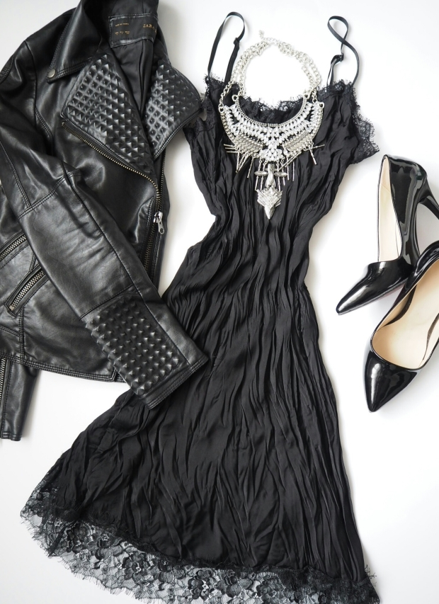 party-outfit-in-black-slip-dress-petitemod