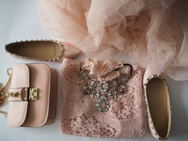 party-outfit-romantic-pink-petitemod-fgal