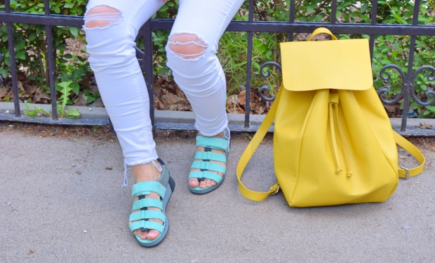 petitemod-camper-shoes-sofia-outlet-center