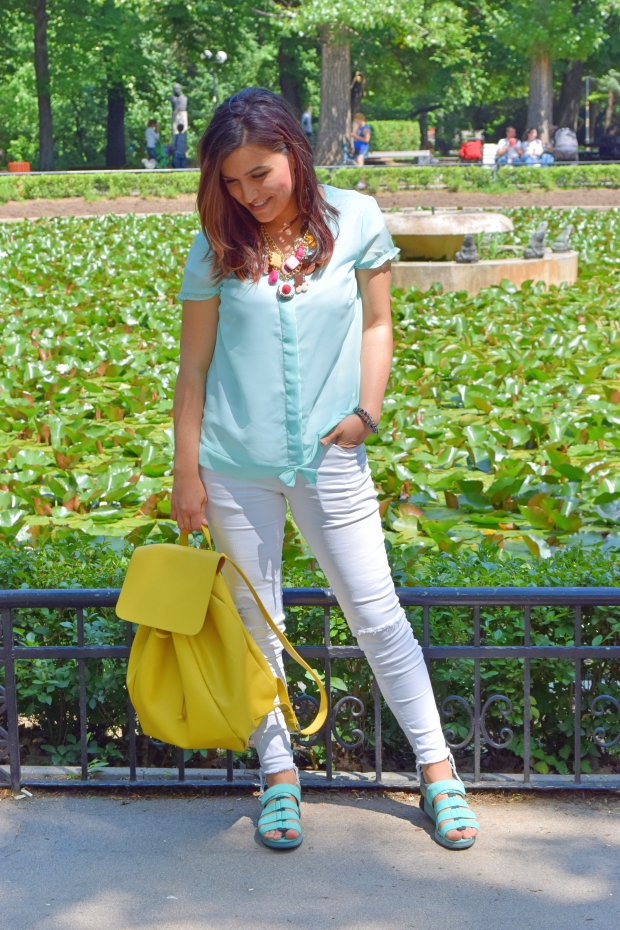 petitemod-sweetie-colorful-outfit-for-spring-2016