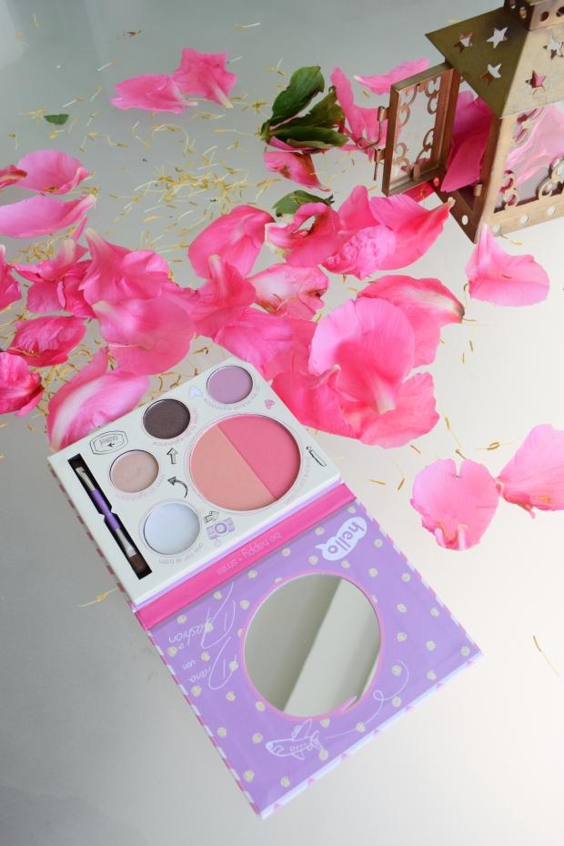 petitemod-essence-makeup-brush-fashion-and0beauty-blog